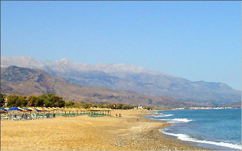 Georgioupolis: Strand von Kavros und Weiße Berge